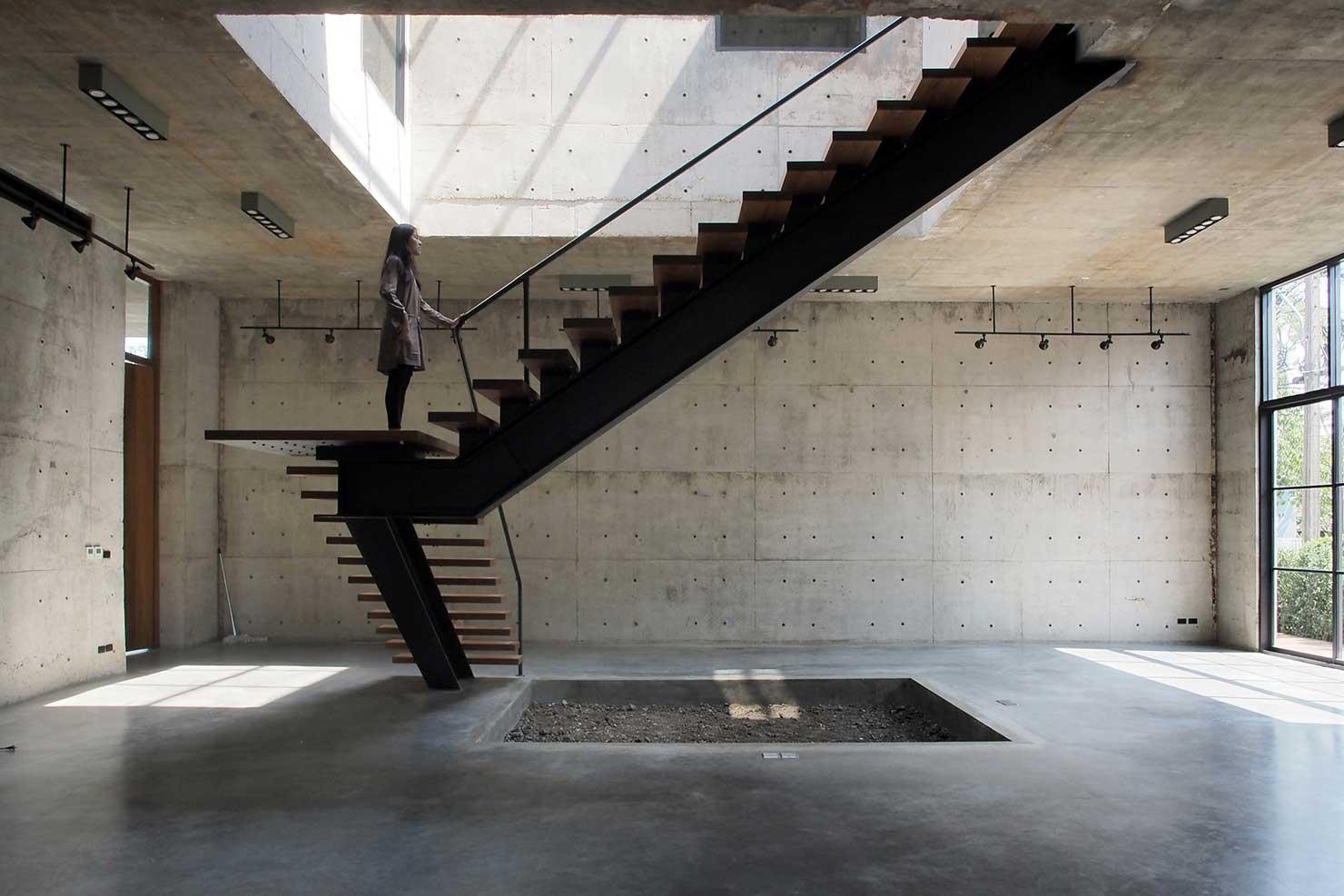 construcao-flavio-machado-arquitetura-escada-1